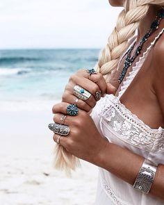 ≫∙∙ white boho dress with jewelry ∙∙≪