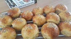 Gulerodsboller – store luftige og bløde | Urban Mad Feel Good Food, Snack Recipes, Snacks, Baking With Kids, Cheesecake, Brunch, Sweets, Food And Drink, Dishes