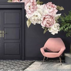 Some mornings, you've just gotta have a gorge dark interior with an oversized floral right? @livingedgeinteriors . . . . . . . #interiors #interiorlove #interiors123 #interiors4all #interiorsdaily #interiorstyle #interiordecor #decor #bold #brave #dark #moody #glamour #glamourous #luxury #luxe #luxury #swoon #insta #instagramhub #instadaily #interiorinspo #inspo #in #w #oversized #floral #chair #pink