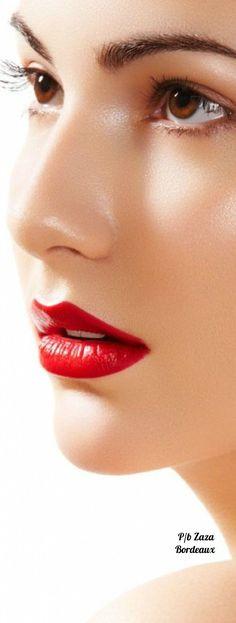 Question Sexy italian flag lips