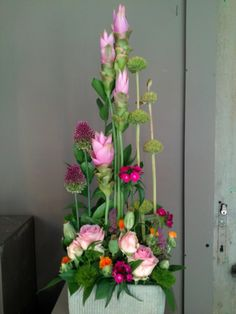 Flower arrangement with curcuma ~ Stef Adriaenssens | Tast of Three