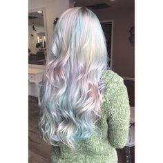 amazing holographic hair looks Hair Color Streaks, Hair Color Purple, Cabello Opal, Unicorn Hair Color, Opal Hair, Dye My Hair, Mermaid Hair, Rainbow Hair, Gorgeous Hair