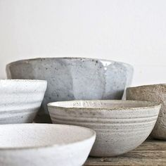 Selection of a Akiko Hirai and Maria de Haan bowls. A harmonious blend of textures, forms and finishes.