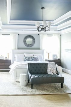 Asian Home Decor Classy Asian decor suggestions to style a stunning decor. asian home decor diy decor touch ref posted on 20190314 Grey Bedroom Furniture Sets, Home Decor Bedroom, Master Bedroom, Bedroom Sets, Bedding Sets, Queen Bedroom, Furniture Styles, Home Furniture, Urban Furniture