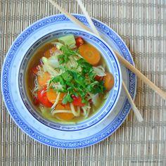 Gut gegen Erkältungen: meine asiatische Gemüsesuppe  #Suppe #vegan #Gemüse