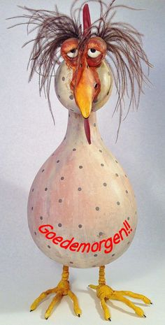 Just got off a long haul flight art project for chicken unit? Chicken Crafts, Chicken Art, Paper Mache Crafts, Gourd Crafts, Gourds Birdhouse, Hand Painted Gourds, Sculptures Céramiques, Chickens And Roosters, Ceramic Birds