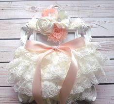 ~~ Stunning Vintage Style baby ruffle diaper cover set ~~ ~ Ivory Lace Ruffle Baby Bloomers and Flowers Headband ~    Stunning ruffle diaper