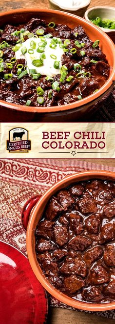 The combo of ancho, guajillo, and New Mexico chilies give intense flavor to Slow Cooker Beef Chili Colorado. An easy recipe for beef chili with no beans. Best Beef Recipes, Chilli Recipes, Mexican Food Recipes, Cooking Recipes, Cooking Chili, Carne Angus, Angus Beef, Slow Cooker Chili, Beef Chili Recipe