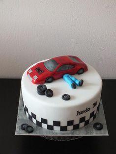 for mechanics - Cake by Janeta Kullová 18th Birthday Cake For Guys, Birthday Cakes For Men, Car Cakes For Men, Mechanic Cake, Cake Icing Tips, Soccer Cake, Dad Cake, Fancy Cakes, Homemade Cakes