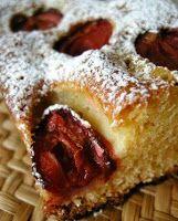 La cuisine polonaise de Fab: Placek ze sliwkami Dessert Simple, Prune, World Recipes, Easy Desserts, Biscuits, Banana Bread, French Toast, Snacks, Cookies