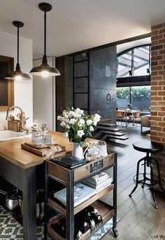 Industrial Style Loft with charming elements to add to your home decor. A breath of fresh air into your industrial style loft. In an industrial style world, the interior design project of today will m Industrial Interior, Home Kitchens, Kitchen Design, Sweet Home, Kitchen Inspirations, Kitchen Decor, Interior, Home Decor, House Interior
