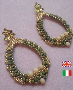 Photo tutorial to PDF with instant download   Difficulty: medium/easy Available language: Italian and English at your choice    Earrings made in weaving with superduo 0 0 11/8/, rocaille, and 15/0 3 x 4 and 4 x 6, spring onions