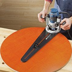 Trim Router Circle Jig - Rockler Woodworking Tools #RouterWoodworkingProjects