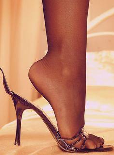 Luscious Foot #blackhighheelsstockings