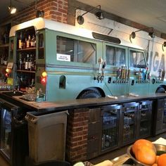 Series Land Rover turned Bar in Birmingham, Al Garage, ideas, man cave, workshop… – Garage Organization DIY Car Part Furniture, Automotive Furniture, Automotive Decor, Garage Bar, Man Cave Garage, Bar Original, Birmingham Bars, Bar Deco, Car Bar