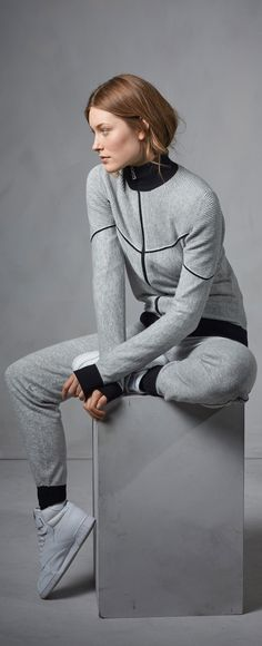 Matching sweat suits are making a comeback this season! This understatedly stylish heather-grey set with back detailing from Fire + Ice is the perfect way to up your gym, going to the gym, running out to the store, or lazy-day-with-the-boyfriend-who-I-still-want-to-impress look!