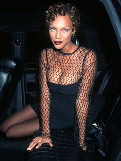 100 of everyone's fave '90s supermodels in their glory days: Tyra Banks (1994)