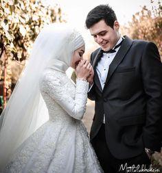 """16.2k Likes, 46 Comments - Setr-i Nur / Suna Yurtalan (@setrinur) on Instagram: """"Setr-i Nur'a Uğramadan Gelin Olmayın 0 850 466 19 76 / setrinur.com/subelerimiz #gelinlik…"""""""