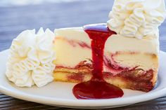 - lemon raspberry cream cheesecake i want this one! Cheesecake Factory Desserts, Best Cheesecake, Cheesecake Recipes, Fun Desserts, Delicious Desserts, Dessert Recipes, Lemon Raspberry Cheesecake, Thanksgiving, Lemon Recipes