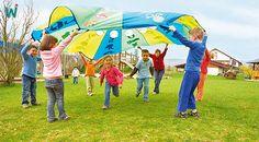 Schwungtuch mit Netztaschen für Bälle und mit Zahlen bedruckt ... für Rechen- und Sprachspiele. https://shop.wehrfritz.de/de_DE/Schwungtuch-mit-Motiven-Gymnastik-and-Rhythmiksets-Schule-and-Hort/p/056078_1?zg=schule_hort&ref_id=60847 #Kinder #Spiel #Bewegung #Mathe #Sprache #Wehrfritz
