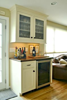 Delicieux Dry Bar With Built In Refrigerator. Lancaster, MA U2014 Kitchen Associates. Www