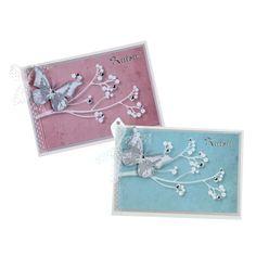 Sinellin helmipuupapereilla teet helposti kauniita kutsukortteja ristiäisiin tai nimiäisiin. Perhoset on tehty leimailemalla, mutta ne voi tehdä myös kuvioleikkureiden avulla. Tarvikkeet ja ideat Sinellistä!