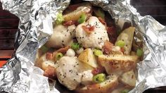 Chicken ranch and potato leaves - foil pack dinners - . Chicken ranch and Grilling Recipes, Cooking Recipes, Chicken Potatoes, Ranch Potatoes, Chicken Legs, Chicken Bacon, Chicken Breasts, Foil Pack Dinners, Ranch Chicken