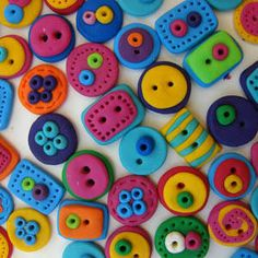 buttons by pianetadonna.it - polymer clay for buttons are great for sweaters