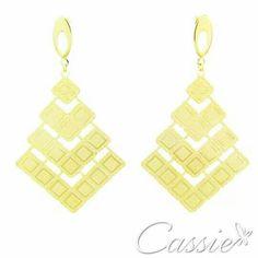 Brincos estilo étnicos e boho, finos e leves estão com tudo!!! ⭐folheado a ouro com garantia. ⭐  Escolha os modelos em nosso site www.cassie.com.br e pague em até 10x sem juros.    #Cassie #semijoias #acessórios #love #look #girl #cute #cool #moda #fashion #tendências #trends #estilo #inspiração #Inspired #diorinspired #pérolas #argolas #glamour #likes #dourado #folheado #beautiful #pérolas #classic #lookdodia #party #amo #instamoda #sãopaulo #boho #picoftheday #lookdodia #bohostyle…