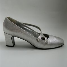 I think I need these...Vintage 1960s Silver Wedding Shoes $36.00 #vintage #shoes #size8 #silver #wedding