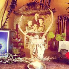 itshowimliving:  Ancestor altar