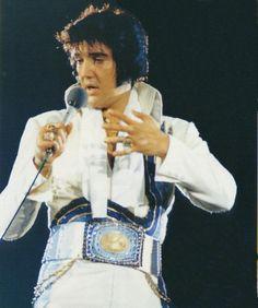 Elvis midnight show Sahara Tahoe 5-24-74