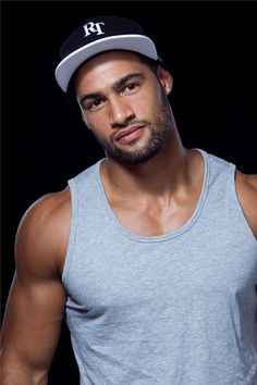 God bless Polynesian men!!! ... Oh and also bless that I'm not related to this one ;)