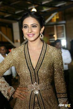 South Actress, Girls Gallery, Photos Of Women, Beautiful Actresses, Indian Beauty, Hot Girls, Bollywood, Like4like, Beautiful Women