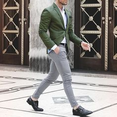Green Suit Men Suit Costume Homme Casual Street Wedding Men Suit With White Pants Smart Terno Slim Fit Tuxedo Coat Prom Jacket. Mens Fashion Suits, Mens Suits, Green Suit Men, Terno Slim Fit, Traje Casual, Casual Wear, Formal Dresses For Men, Moda Formal, Slim Fit Tuxedo