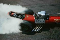 vintage hot rods & classic muscle cars along with historic drag racing photos from days gone by