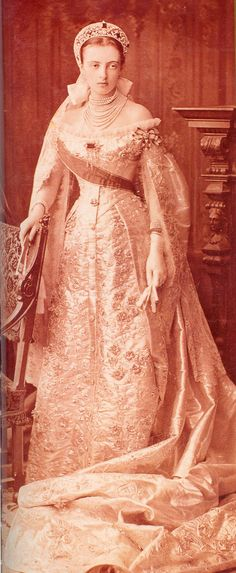 Grand Duchess Anastasia Mikhailovna was born at the Petergof palace on 28 July 1860, the second of the seven children of Grand Duke Michael Nicolaievich of Russia and his wife Grand Duchess Olga Feodorovna (born Princess Cecilie of Baden). In 1879 she married Friedrich Franz, Hereditary Grand Duke of Mecklenburg-Schwerin. The marriage took place in the Winter Palace, and she was given away by her uncle Tsar Alexander II. - St. Petersburg, 1878