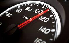 Incapower   Reduzca la velocidad   La velocidad excesiva, además de ser peligrosa, utiliza grandes cantidades de combustible. Por ejemplo, dependiendo de la velocidad máxima del vehículo, al sobrepasar los 100 km/h, se puede llegar a consumir hasta un 50% más de combustible.