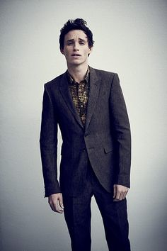 Eddie Redmayne... I have an unhealthy obsession with him ❤❤❤❤