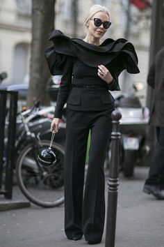 trouser shape and belted top (no ruffles)...better than a peplum Paris haute couture style roundup: day 2