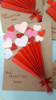 Paper Flowers Craft, Flower Crafts, Paper Crafts, Valentine Crafts For Kids, Valentines Day Activities, Toddler Crafts, Preschool Crafts, 1st Birthday Party Bags, Tarjetas Diy