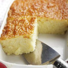 Low Carb Grain Free White Cake Recipe Desserts with coconut flour, sea salt, eggs, coconut oil, erythritol, stevia, vanilla extract, butter extract, baking soda