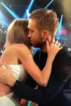 Taylor Swift And Calvin Harris Share An Adorable Moment At The Billboard Music Awards