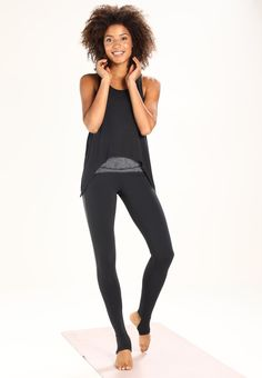 adidas Performance KNOT - T-shirt sportiva - black a € 34 723899d72cdc