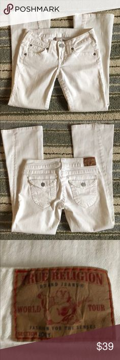True Religion Jeans! Excellent condition - flare style. White. Inseam approximately 29 inches. True Religion Jeans