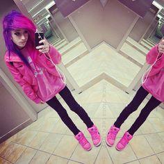 Pink and purple Emo Scene Hair, Emo Hair, Nu Goth, Goth Make Up, Pink Purple Hair, Wacky Hair, Style Rock, Indie Scene, Pretty Hairstyles
