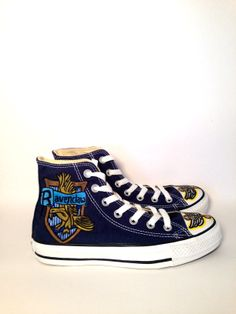 Items similar to Harry Potter Converse Sneakers on Etsy Harry Potter Props, Harry Potter Merchandise, Harry Potter Wedding, Harry Potter Outfits, Converse Trainers, Converse Shoes, Shoes Sneakers, Harry Potter Converse, All Star