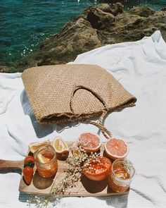 summer aesthetic morning aesthetic beach aesthetic rich a Beach Aesthetic, Summer Aesthetic, Retro Aesthetic, Aesthetic Outfit, Flower Aesthetic, Travel Aesthetic, Aesthetic Fashion, Summer Feeling, Summer Vibes