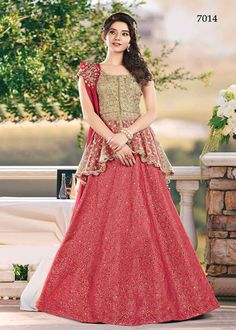 Attractively gorgeous mesmerizing is what you will look at the next wedding gala wearing this beautiful Fanciful Red and Cream Color Jacquard Silk Lehenga Choli. This stylish lehenga will catch the attention in the middle of the crowd. Lehenga Choli Designs, Lehenga Choli Online, Lehenga Designs Latest, Kids Lehenga Choli, Indian Lehenga, Anarkali, Indian Gowns Dresses, Pakistani Wedding Dresses, Pakistani Dress Design