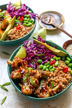Whole Food Main Meals Teriyaki Cauliflower Power Bowls Bowls Cauliflower Food Healthy Lunch Ideas Main Meals Power Teriyaki Veggie Recipes, Whole Food Recipes, Vegetarian Recipes, Cooking Recipes, Vegetarian Bowl, Broccoli Recipes, Rib Recipes, Veggie Food, Cauliflower Recipes